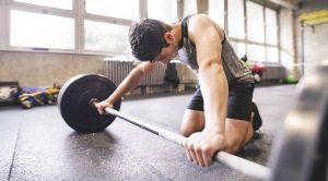 یک بدنساز خسته از تمرین