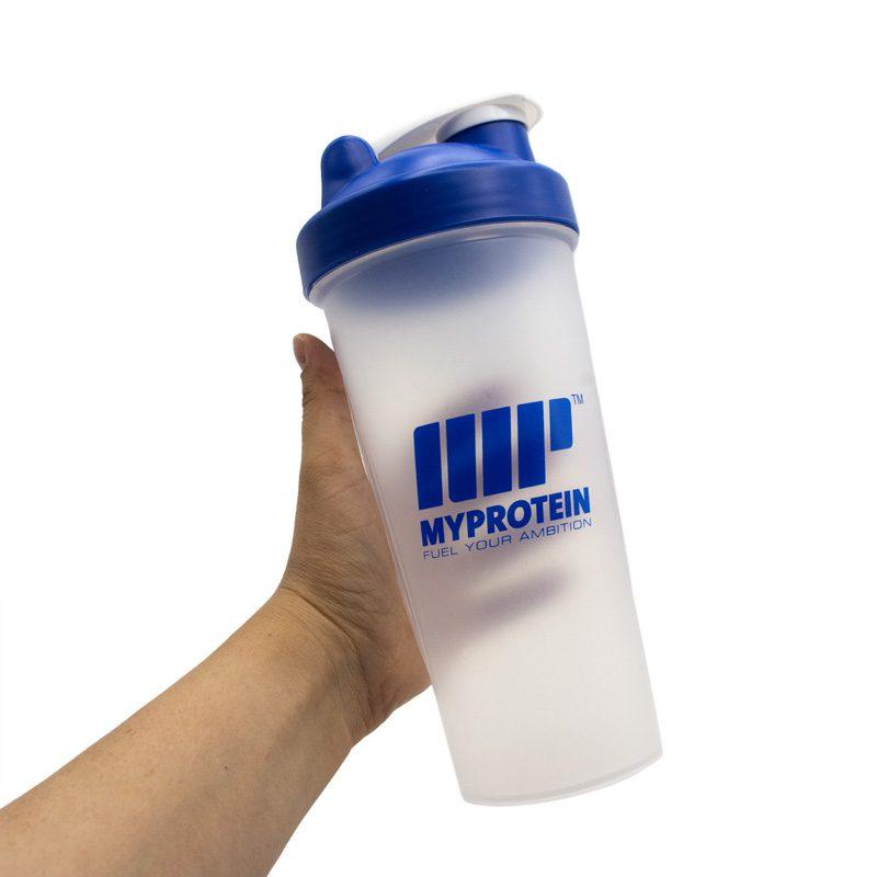 شیکر بدنسازی یک تیکه مای پروتئین ظرفیت 0.7 لیتر آبی